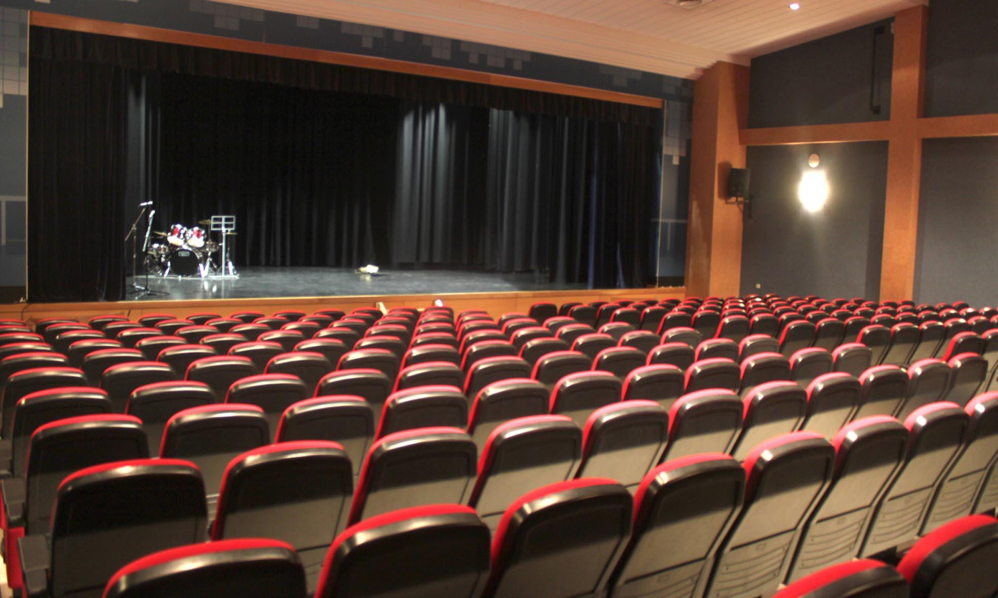 Salón de actos de la Casa de la Cultura